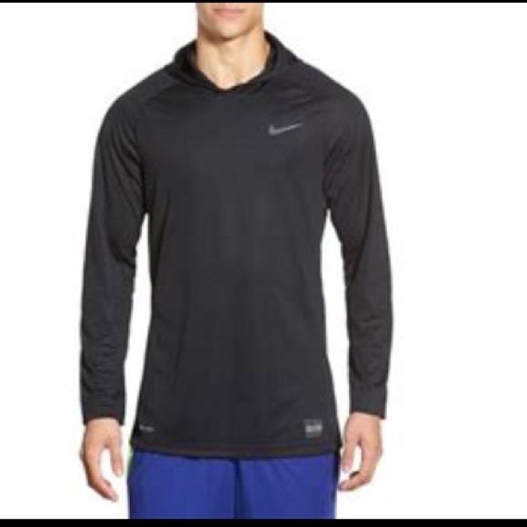 c2d06a540865 Nike Elite 🏀 Basketball warmup Long-Sleeve Hoodie.  M 5a4ad31c31a3762fb30660f6